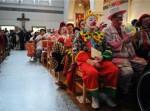 Клоуны в церкви