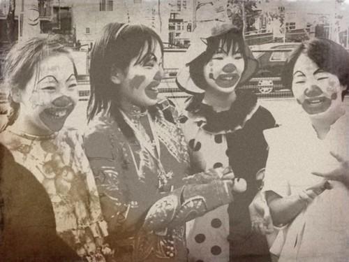 Японские девушки-клоуны