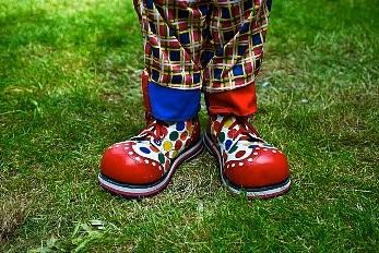 Как сделать своими руками обувь для клоуна